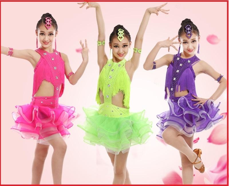 продажа костюмов для бальных танцев